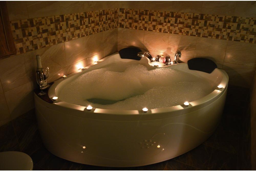 Pictures of Luxury (jacuzzi) | HotelSvishtov.com